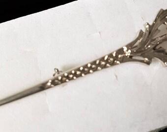 Scottish kilt pin, vintage Celtic broach, thistle broach, Scottish sword pin, silver plate scarf pin, Scottish shawl pin, Scottish brooch