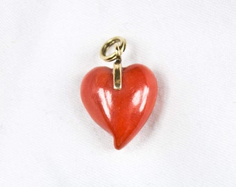 70's Simple Small Red Jasper Heart Pendant