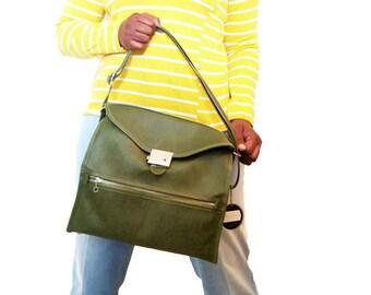 60s Vintage Green Ventura Shoulder Bag Carry On Luggage