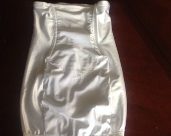 S / Open Bottom Girdle Skirt Slip Shapewear Lingerie by Smoothies / Small