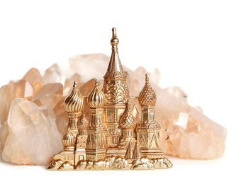 Russian Brooch - St. Basil's Cathedral, Moscow Pin - Soft Gold Toned Pewter Brooch Signed JJ Jonette