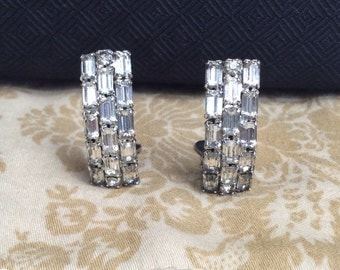 Kramer signed Curved Clip on Earrings Rhinestone Baguettes Prong Set