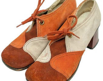 1960s Orange Beige Oxford Shoes Womens Heel Funky Kitsch Hippie Size 6 7 Suede Saddle Pump Retro Pin Up Deadstock Mod Psychedelic Boho Round