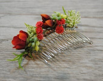 Red Bridal Hair Comb - Rustic Red Wedding Comb - Red Wedding Hair Piece - Greenery Bridal Comb - Red Wedding Hair Flowers - Red Floral Comb