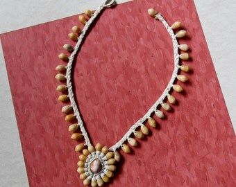 Be Beach Chic with this  Cool Shell Necklace