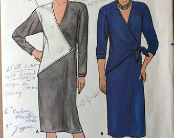 Butterick 6824 - 1980s Loose Fitting Straight Dress with Button or Tie Overlay with Contrast Option - Size 12 14 16