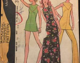 McCalls 3193 - 1970s Dress or Tunic with V Shaped Yoke and Side Slits and Pants or Shorts - Size 16 Bust 38