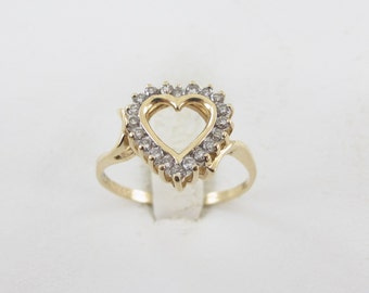 14k Yellow Gold Heart Shape Valentine Lovers Diamond Ring Size 8
