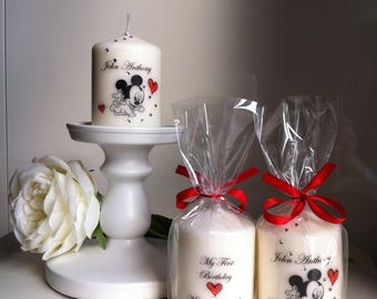 Candles personalized favors.