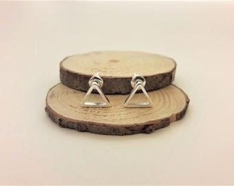 Silver triangle earrings, geometric earrings, geometry jewelry, silver stud earrings sensitive ears, earrings for everyday minimal jewelry