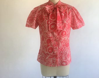 1970s Pink Abstract Cherry Print Pussy Bow Blouse by Judy Bond Size 8