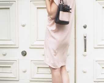 Bucket Bag. Scalloped Black Leather Bag. Black and Pink Minimalist Bucket Bag. Cross body Bag. Spring Fashion SS17