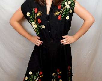 Amazing Vintage 1940s 40s Rayon Embroidered Dress