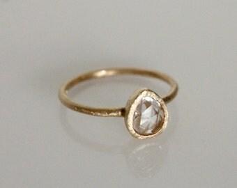 Rose cut sapphire ring. 18k. Billy