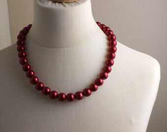 Mid Length 1980s Plastic Metallic Dark Burgandy Red Round Beaded Necklace