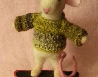Skateboarding Needle Felted Mouse