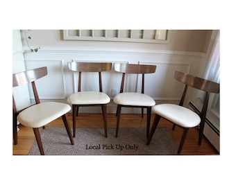 Set of 4 Foster McDavid Mid Century Modern Chairs
