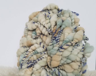Merino Wool Yarn, Hand Dyed Yarn, Hand Spun Yarn, Beehive Yarn, Wool Art, Sculptural Yarn, Art Yarn, Giant Yarn. Thick and Thin Yarn, Soft