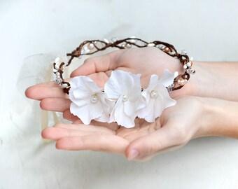 White flower crown, First communion, White hair wreath, Bride hair accessories, Flower girl wreath Bridal pearl crown, communion hair wreath