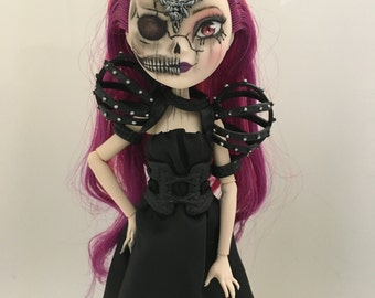 Onyx the Sorceress - OOAK Ever After High