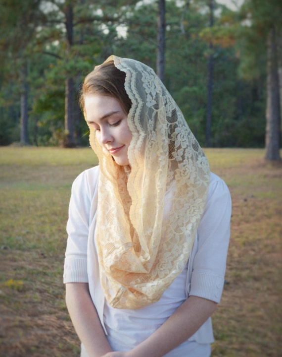 Catholic Soft Gold Infinity Veil | Chapel Veil Mantilla Veil or Mass Veil Gold Veil Church Veil Robin Nest Lane Yellow Veil Neutral Veil