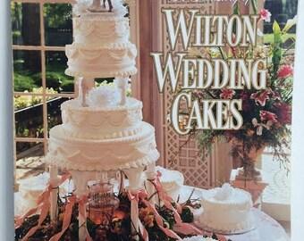 Wedding Cake Designs, Wilton 1995, Wedding Cake Decor, Treasury of Cakes,  Instruction Book, Cake Decorating
