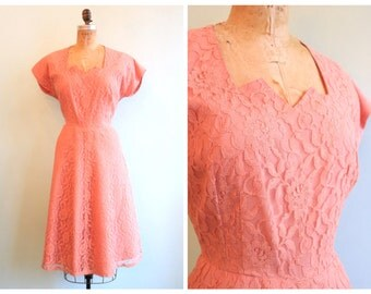Vintage 1950's Dusty Pink Lace Dress | Size Large