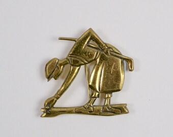 Vintage 1930s Art Deco brass golfer brooch