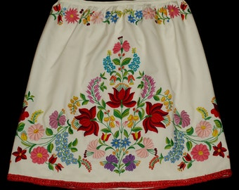 New Hand Made White Hungarian Embroidered Kalocsa Floral Skirt Size EU 40 / UK 12