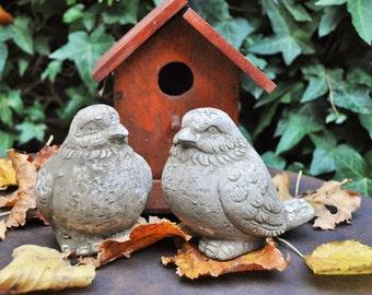 Bird Statue / Cement Animal / Garden Decor /Outdoor Indoor / Bird Sculpture / Reconstituted Stone / French Statue