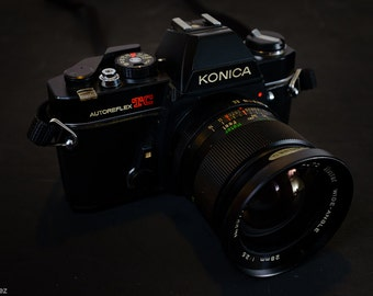 Konica Autoreflex TC Analog 35mm Film Camera with Vivitar 28mm f/2.5 Wide Angle Lens