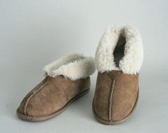 Women Shearling Boot Slipper 8 to 8.5  Leather