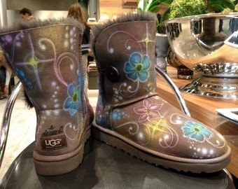 Custom painted Airbrush UGG Australia Boots Flower Power *UNIKAT*