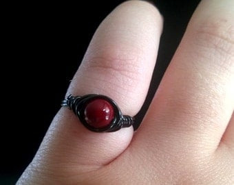 Red Quartzite Ring, Red and Black Ring, Crystal Ring, Crystal Healing, Gothic Ring, Vampire Ring, Fall Ring, Red Crystal Ring, Small Ring