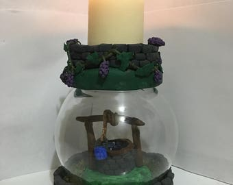 Wishing well themed candleholder and waterless snowglobe