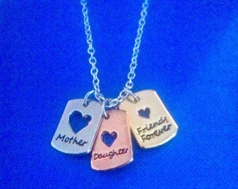 """Mother & Daughter FRIENDS FOREVER three colour pendant on 18"""" silver plated necklace"""