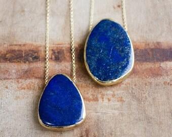 Long Chunky Lapis Necklace, 14K Gold Filled Lapis Lazuli Jewellery, Royal Blue Stone Necklace, Chunky Gemstone, Cobalt Blue Large Pendant