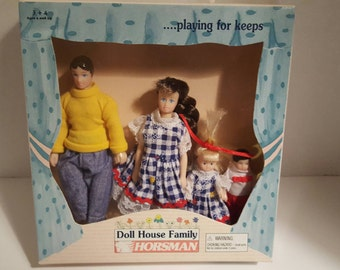 Family Jones by Horsman from the 1995 Doll House Family Collection