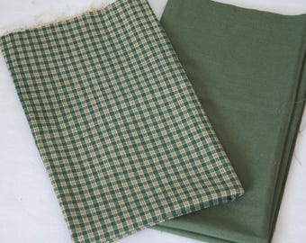 Fat Quarter Bundle, Green Plaid and Solid, 100% Cotton Fabric, Two Fat Quarters, 18in x 22in; Quilting Fabric, Quilt Pieces, Fabric Destash