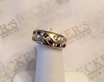 Vintage 14k yellow gold domed band ring with Round Clear and Black CZs channel set in a cross-over pattern, size 6.75 signed AND Italy