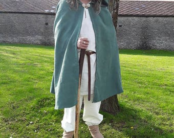 Hooded cloak, cape, ideal for Hobbit type, or Woodland dweller, also Archer ect, 3/4 length hooded cloak, green. EX LARGE, LARP, fantasy.