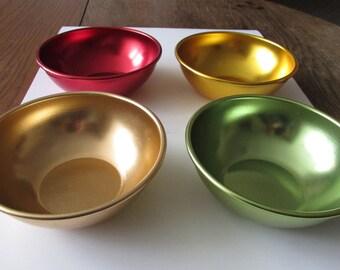4 Vintage Bascal Color Aluminum Bowls Retro 50's Colored Bowls