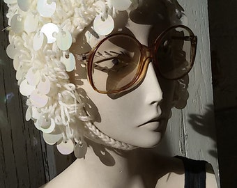 Pop vintage 70 s / Ecru wool hat pearls