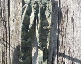 One of a kind custom ripped girls Sz 12 The Childrens Place camo pants skinny jeans zipper ankle 90s grunge inspired Camouflage Fatigues