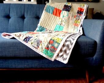Quilt / Handmade Modern Quilt / Animal Quilt / Home Decor / Gray Chevron