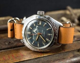 "Vintage Soviet men's ""East"" ( ""VOSTOK"") automatic, Komandirskie watch , 21 jewels movement , great Vintage watch, new band. Amphibian!"