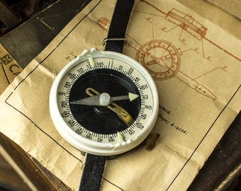 NEW! Vintage Soviet wrist compass/ Working compass with leather bracelet for tourists / USSR/ Vintage decor/ 1970s
