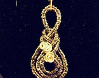 Chinese Knot Wire Wrap Pendant