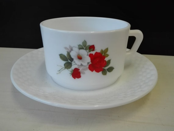 Arcopal, White and Red Rose, soup Cup and saucers
