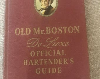 Old Mr. Boston DeLuxe Official Bartenders Guide 1946 - 6th printing